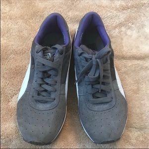 Puma gray & purple half suede sneakers